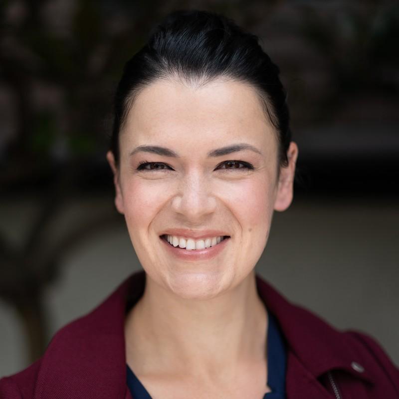 Photo of Maya Spivak, Head of Marketing at Mux.